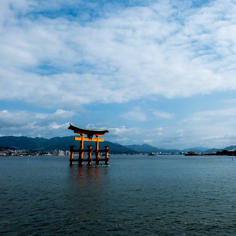 miyajima_torii_landscape