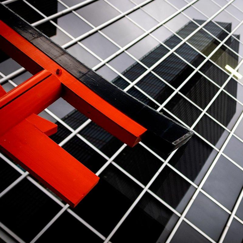 osaka_torii_building
